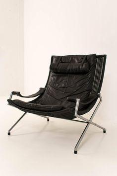 Lounge Chair Model DES2021 by Gerard Van Den Berg for Rohé