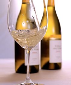 Si queréis saber cómo es nuestro Viñas del Vero Chardonnay Colección no podéis perderos esta vídeocata: Español: http://bit.ly/1hWKdJI  English: http://bit.ly/1i64fpI