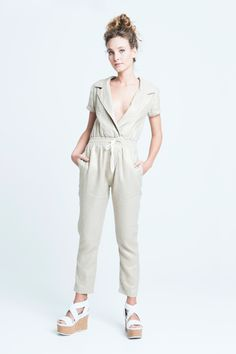 sara bailes x linen jumpsuit x gold Fashion Labels, Ss 15, How To Make, How To Wear, Jumpsuit, Gold, Clothes, Shopping, Dresses