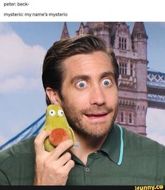 Peter: beck- mysterio: my name's mysterio - iFunny :) Meme Faces, Funny Faces, Marvel Funny, Marvel Comics, Marvel Avengers, Marvel Jokes, Captain America Civil War, Avengers Memes, Jake Gyllenhaal