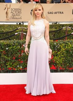 #RedCarpet  #Celebrities  #SAGAwards Christina Ricci in a Christopher Kane dress and Fred Leighton jewelry