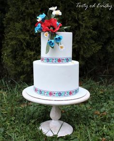 Folk wedding by Cakes by Evička - http://cakesdecor.com/cakes/294569-folk-wedding
