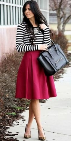 A Pleat Midi Skirt - Berry