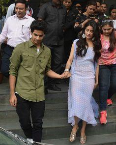 Hand in Hand - Janhvi & Ishaan promote Dhadak ❤️❤️❤️ . Bollywood Stars, Bollywood Fashion, Bollywood Celebrities, Bollywood Actress, Salwar Kurta, Indian Designer Wear, Saree Blouse Designs, Jacket Dress, Indian Wear