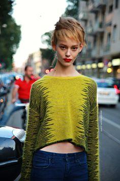 #OndriaHardin wearing my jumper. #offduty in Milan.