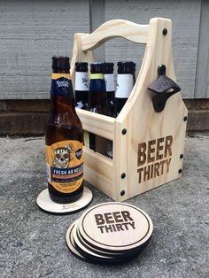 BEER THIRTY bottle holder from Hoffmaster Woodworks - What time is it? Take your tailgate wedding picnic or party to the next level with a beautifully crafted rustic wooden beer caddy! Woodworking Projects Diy, Wood Projects, Wooden Beer Caddy, Mounted Bottle Opener, Wine Table, Beer Gifts, Bottle Holders, Wedding Picnic, Beer Lovers