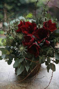 Amaryllis tied bouquet freshflower.co.uk
