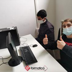 """In presenza e in sicurezza: al corso """"Operatronico"""" di #Livorno i nostri ragazzi del biennale IeFP stanno imparando ad assemblare i PC: mascherina sempre ben indossata! #nocovid #formazione #formaticafa"""
