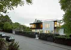 Re-Imagined Home Design Blooming On A Hillside in #Stuttgart http://freshome.com/re-imagined-home-design-blooming-on-a-hillside-in-stuttgart/