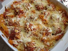 """Super Simple """" Eye""""talian Meatball Casserole (The meatballs are baked together with ziti - like baked ziti with meatballs. Italian Dishes, Italian Recipes, Beef Recipes, Cooking Recipes, Pasta Recipes, Italian Foods, Meatball Recipes, Meatball Casserole, Recipes"""