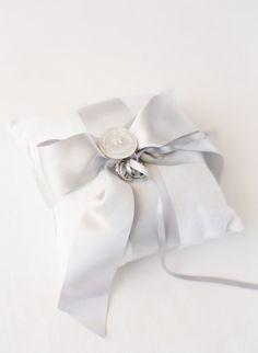 #ribbon, #gray, #ring-pillow  Photography: KT Merry - ktmerry.com