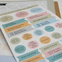 Pegatinas Wonder en color. A la venta en: www.mrwonderfulshop.es
