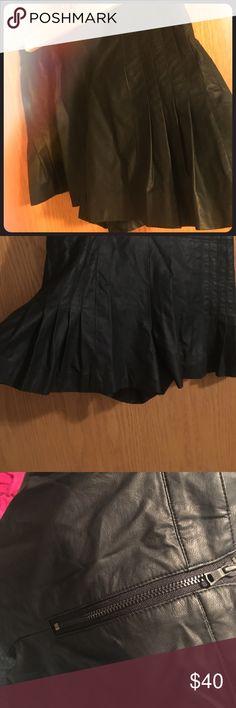 Sam Edelman Faux Leather Skort Size 0 black back zip faux leather skort.  Fully lined Sam Edelman Shorts Skorts