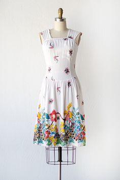 vintage 1970s white tropics floral sundress