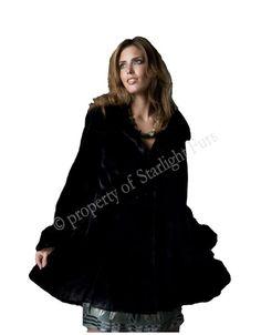 Manteau de castor rasé teint en noir  3 800$ Style Noir, Coats For Women, Parka, Fur, Jackets, Collection, Black, Fashion, Rex Rabbit