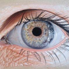 realistic eye light shadow wrinkles blue eyelashes art reference