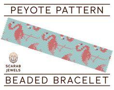 Flamingos Pattern  Peyote Beading Bracelet  Cuff por ScarabJewels
