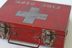Vintage Fire Department First Aid Case 80