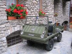 Steyr Puch Haflinger (1968?) @ Courmayeur, Italy Vw T3 Syncro, Mercedes Gl, Funny Motorcycle, Super 4, Steyr, Jeep 4x4, Four Wheel Drive, Car Humor, Campervan