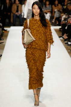 Chloé Fall 2014 RTW - Runway Photos - Fashion Week - Runway, Fashion Shows and Collections - Vogue