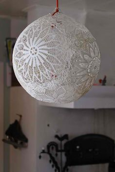 Lace lamp DIY
