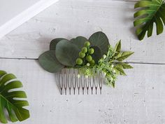Eucalyptus wedding hair comb Beach wedding hair accessory Tropical headpiece Hawaii hair flower hairpiece Bridal hair piece Floral headpiece