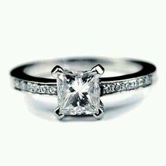 Modest princess ring