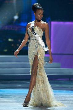 Miss Universe 2011 (Angola) , Leila Lopes, in the evening gown competition
