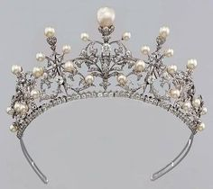 Pérola e tiara de diamantes por MizzNueBarbie