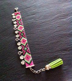 Bracelet Manchette Motif Géométrique et breloques par TDFTheDreamFactory, €22.00