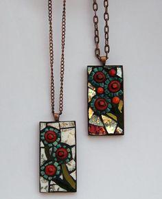 Mosaic pendants available at www.folksy.com/shops/breezyb5 and www.etsy.com/shop/breezyb5