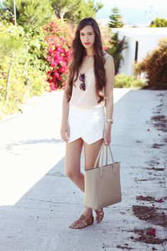 Pull & Bear top, Zara skort & sandals, H & M bag.
