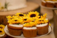Cupcakes, wedding, sunflowers, handmade, DIY, country wedding