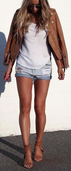Top Stylish Summer Outfits Ideas with Denim Shorts Cozy Winter Outfits, Fall Outfits, Summer Outfits, Cute Outfits, Fashion Outfits, Summer Shorts, Australian Fashion, Spring Summer Fashion, Casual Chic
