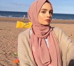 shine bright like a diamond Modest Fashion Hijab, Modern Hijab Fashion, Casual Hijab Outfit, Arab Fashion, Muslim Fashion, Hijabi Girl, Girl Hijab, Hijab Style Tutorial, Simple Hijab