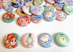 Quantity:1 Choose between all 14 designs!  Tiny artwork ready to wear... 1 inch buttons made from some of my illustrations and sketches. :)  Each button= $1.25  Random gift with your order!  Feel free to ask questions! ♥