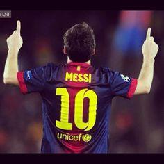 Lionel Messi breaks Gerd Muller's 85 goal record for Barcelona http://www.addiktus.com/news/79536 #addiktus #addiktus1 #photooftheday #lionelmessi #likes #laliga #ligabbva #pictureoftheday #instagood #instabarca #instadaily #bestoftheday #soccer #awesome #record #muller #messi #argentina #fcb #fcbarcelona - @espn_fc- #webstagram