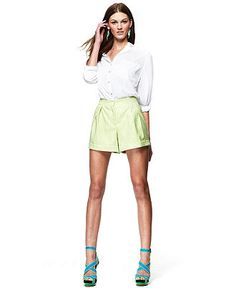 I kinda want these shorts...