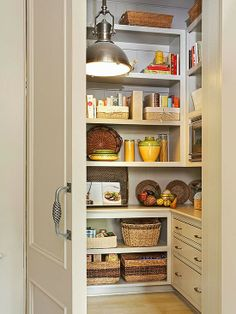I would kill for a pantry like one of these. 2014 Perfect Kitchen Pantry Design Ideas : Easy to Do. I would kill for a pantry like one of these. 2014 Perfect Kitchen Pantry Design Ideas : Easy to Do. Corner Kitchen Pantry, Kitchen Pantry Design, Kitchen Organization Pantry, Kitchen Pantry Cabinets, Small Pantry, Smart Kitchen, New Kitchen, Pantry Ideas, Hidden Pantry