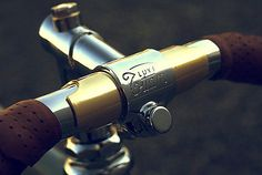 Vintage Luxe stem, by Titan