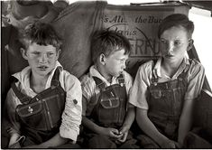 June 1939. Migrant children sitting in family car east of Fort Gibson. Muskogee County, Oklahoma. 35mm nitrate negative by Russell Lee.