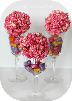 popcorn balls on wine glasses. Would be cute for a little girls tea party with plastic wine glasses! Perfect Popcorn, Best Popcorn, Gourmet Popcorn, Popcorn Shop, Girls Tea Party, Tea Party Birthday, Tea Parties, Birthday Ideas, Edible Centerpieces