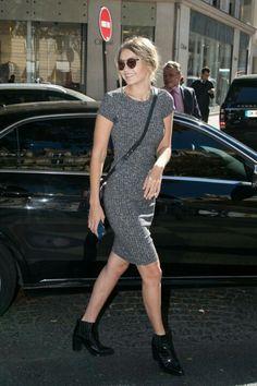 Gigi Hadid street style during Paris Fashion Week 2016 Fashion Week, Look Fashion, Paris Fashion, Net Fashion, Fashion Styles, Fashion Dresses, Celebrity Dresses, Celebrity Style, Style Gigi Hadid