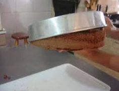 Como desenformar o bolo - Ideal Receitas