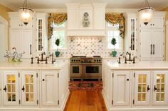 This beautiful home and it's KDW Home kitchen was featured in the February 2011 issue of Traditional Home magazine.