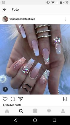 What Christmas manicure to choose for a festive mood - My Nails Dope Nails, Glam Nails, Fancy Nails, Bling Nails, Glitter Nails, Beauty Nails, Nails With Glitter Tips, Bling Wedding Nails, Jewel Nails