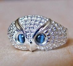 Hey, I found this really awesome Etsy listing at https://www.etsy.com/listing/88988879/925-sterling-silver-hawks-eye-owl-ring