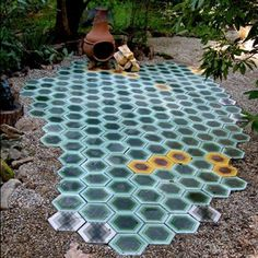 Awesome idea for a colorful outdoor space!!