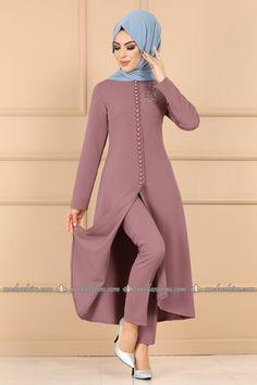 Modaselvim COMBINE stone flower button combination Purple Source by massumehsafari Abaya Fashion, Muslim Fashion, Fashion Dresses, Hijab Style Dress, Hijab Outfit, Pakistani Dress Design, Pakistani Outfits, Stylish Dress Designs, Stylish Dresses