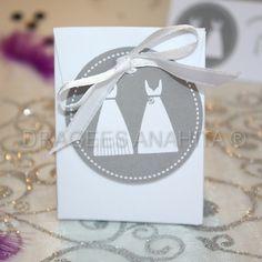 Un pochon à dragées pour offrir à vos invités lors d' un mariage lesbien.